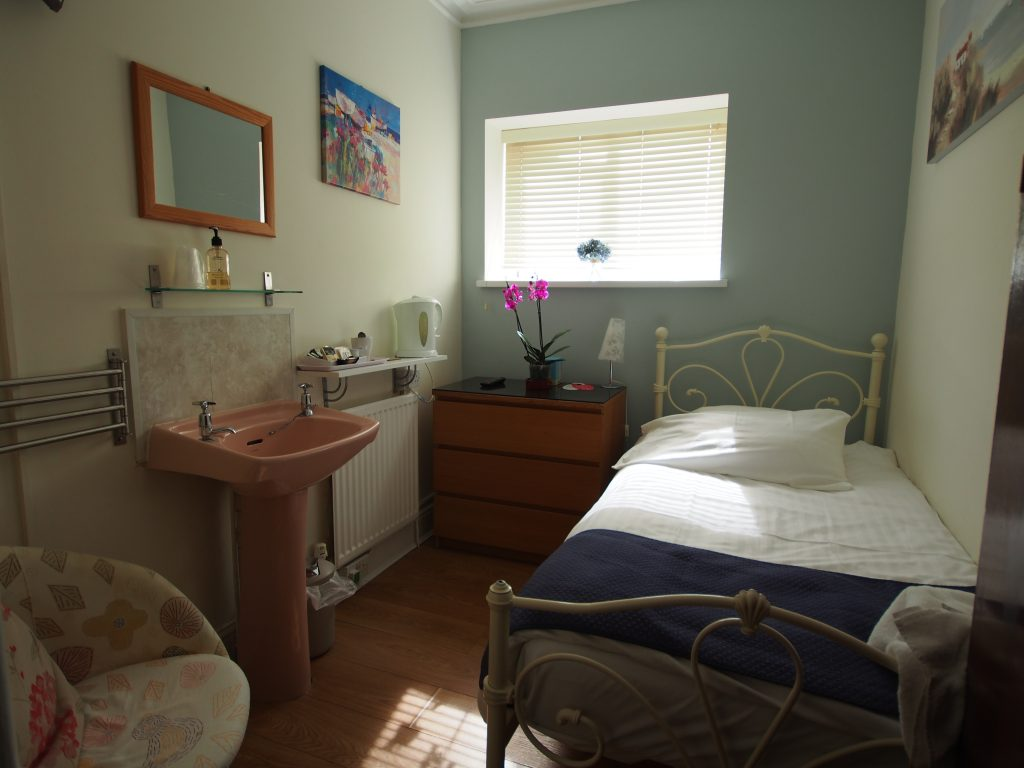 Single Room B&B Swansea