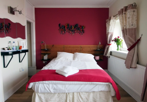 Book our B&B in Swansea directly